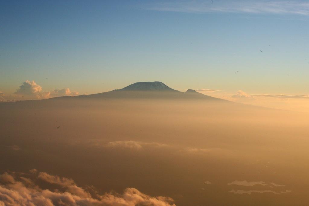 Вид Килиманджаро с Меру