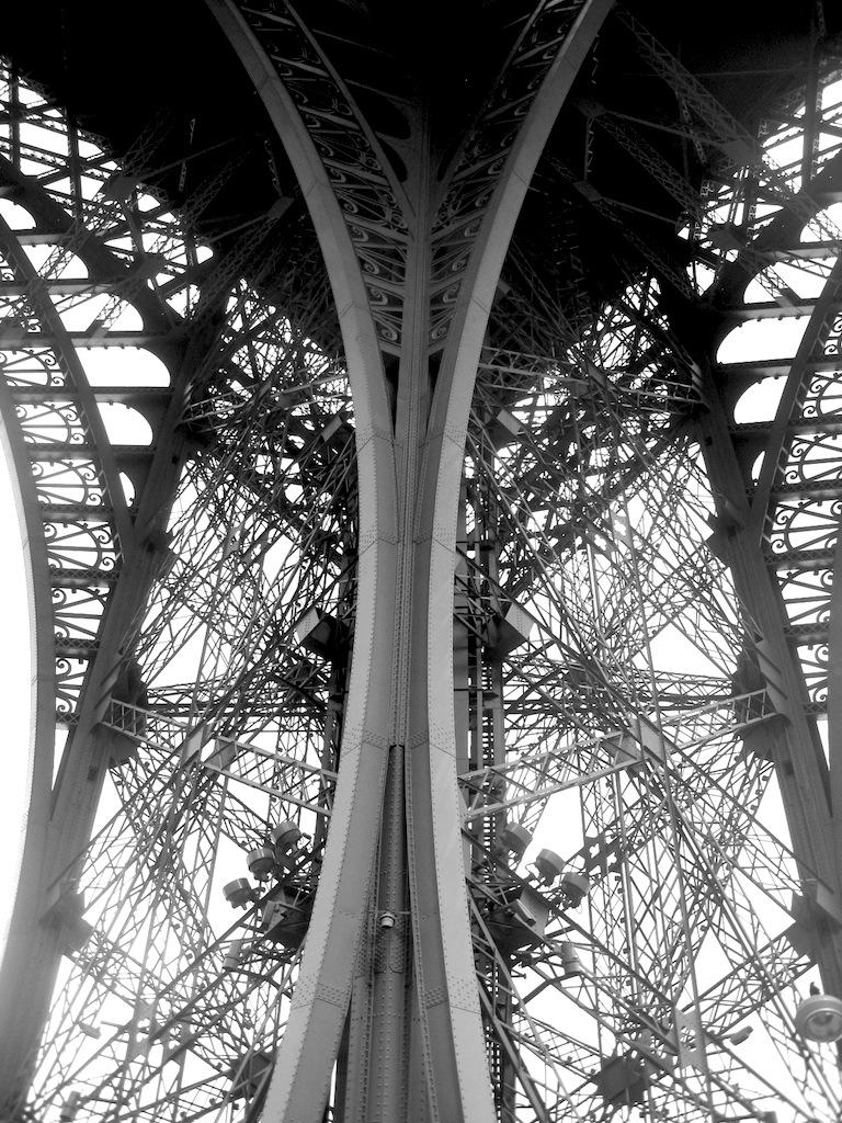 """Философия """"железной дамы"""" Густава Эйфеля и ее изящное воплощение. Париж. 2013"""